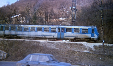 Train near Olovo. It didn't take the Bosnians long to get it up & running.