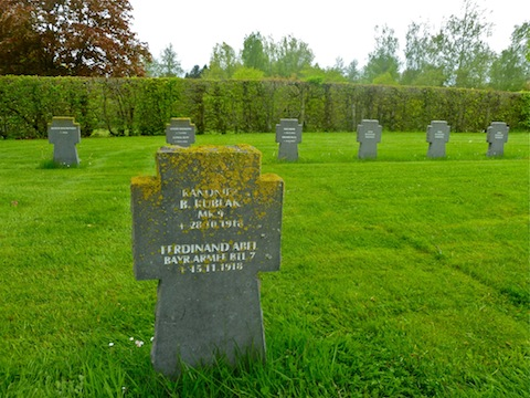 World War I graves in the St. Vith cemetery.