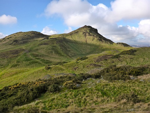 Looking from Whinny Hill towards Arthur's Seat.