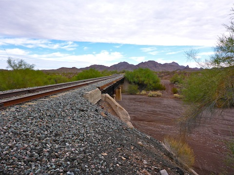 Quail Spring Wash, 21 years after the Sunset Limited derailed. Also looking east. (See top.)