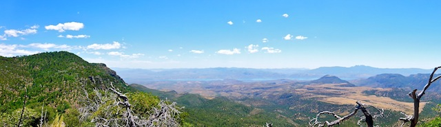 Summit panorama. Left-to-right: Armer Mountain, only a mile away; Roosevet Lake; Globe copper mine; Tonto Basin; Flatiron; Dutchwoman Butte; and Four Peaks.