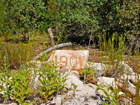 One of three anonymous graves in the Mescal Gulch Cemetery.