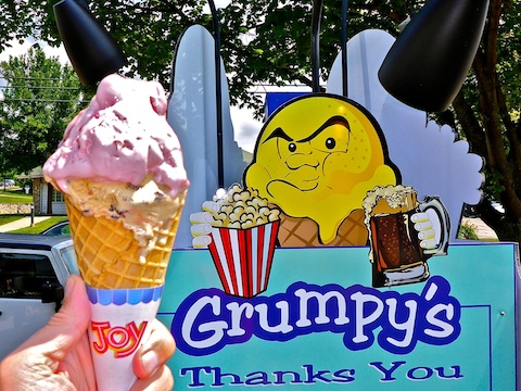 Grumpy's Ice Cream is in Egg Harbor, right next to Casey's BBQ, where we had lunch.