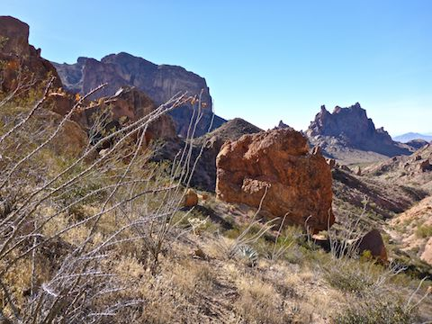 Almost down to Kofa Queen Canyon and Skull Rock.